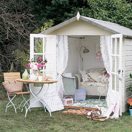 Home Decorating Ideas Creating An Outdoor Shabby Chic