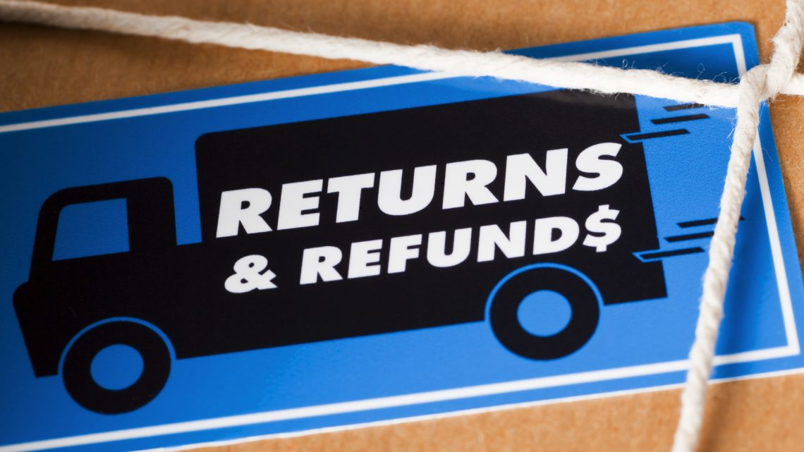 How a Great Return Policy Can Give Your Retail Business An Edge This Holiday Shopping Season
